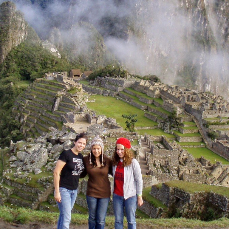 HIEP recipient photo from travel in the Americas - Allison Cagney poses with friends in front of Machu Pichu